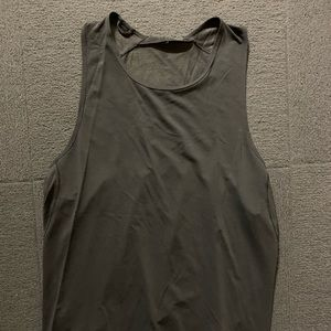 Lululemon metal vent tech sleeveless